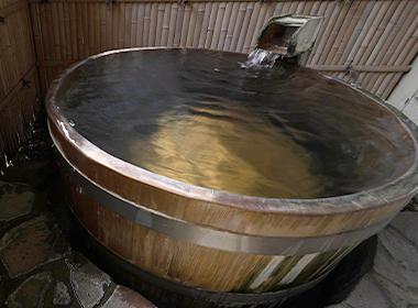 椿 露天風呂